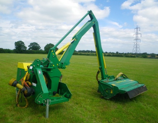 Hedgecutters, Mowers & Bailing Equipment