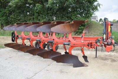 GREGOIRE BESSON Hrwy8 6 Furrow On Land/in Furrow Auto Reset