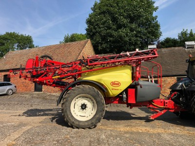 VICON Ixtrack  24m 4000 Litre Sprayer C/w Gps  Section Control