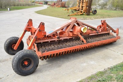 KUHN 4002 4m Powerharrow C/w End Tow