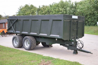 MISC-AG Brunton 12t Trailer C/w Flotation Wheels