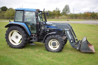 NEW HOLLAND Ts115 Sle C/w Loader