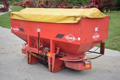 KUHN Mds 1121 Spreader