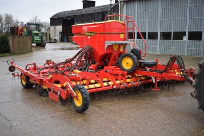 VADERSTAD Rapid A 6m System Disc Aggressive C/w 3 Row Coulters, 4,657ha (See Video)