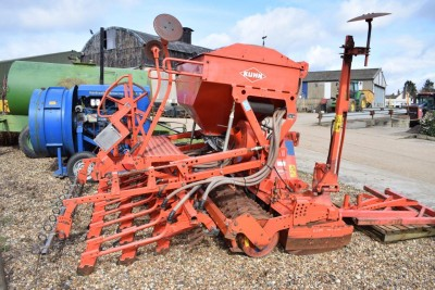 KUHN Hr303 / Venta Lc302 Combination