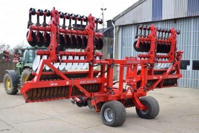 HEVA Disc Roller 8m C/w Front Levellers (see Video)