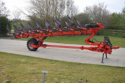 GREGOIRE BESSON Splmw-b9 8 Furrow (7+1) On-land / In-furrow